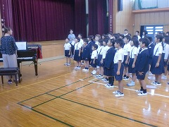 音楽会に向けて3,4,5年生で歌の練習